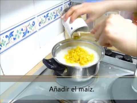 Receta del postre tailandés: arroz glutinoso con maíz
