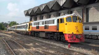 General Electric Nr. 4019 and 4028 in Bangkok SRT State Railway of Thailand GE Diesel Locomotive