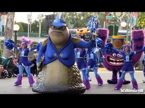 [HD] Monsters University Parade - Pixar Play Parade - Disney California Adventure