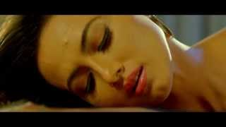 HOT SANA KHAN IN CLIMAX (hot sana khan in climax)