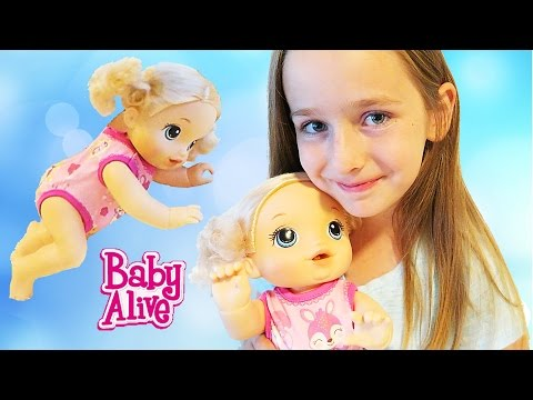 Baby Alive Baby Go Bye Bye Doll that Crawls Pees in Diaper Baby Doll Carrier REVIEW
