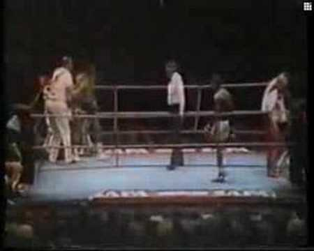 Carlos Monzon vs Rodrigo Valdez II Rounds 13-14 Video