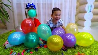 ALICA plays and learn colors with Balloons ! Fun playtime with kids !