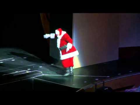 Santa's Arrival | Radio City Christmas Spectacular