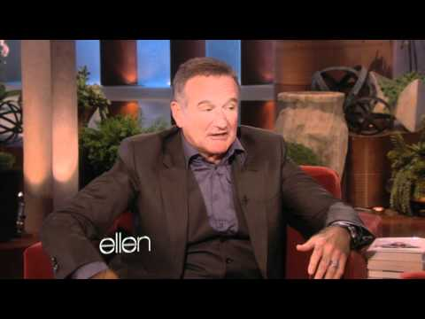 Thumb Robin Williams imitando a Siri en versión Francesa