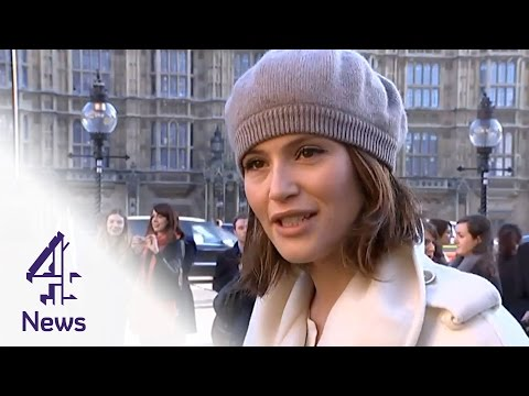 Gemma Arterton rallies for equal pay with Made In Dagenham campaigners I Channel 4 News