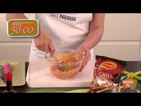 Tacos de pollo satay con sésamo y fideos yakisoba  - Recetas de Cocina Nestlé