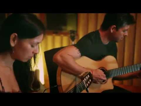 Rodrigo y Gabriela - The Russian Messenger (Live In Studio)
