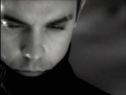 Robbie Williams - El Angel Que Quiero Yo (Angels Spanish V