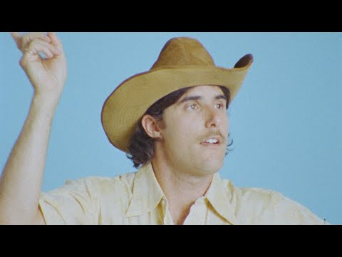 HALFNOISE - Boogie Juice (Official Music Video)