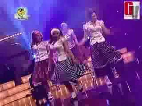 """Homenaje a """"Grease"""" por Grupo B (Bailando por un Sueño PERU 19-07-08)"""