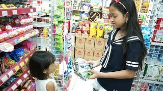 Beli Hadiah Ulang Tahun di Alfamart 💖 Jessica Jenica Mainan Anak Let's Play