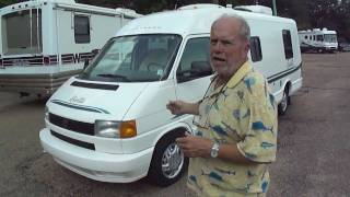 1996 Winnebago Rialta 221RC Walkaround