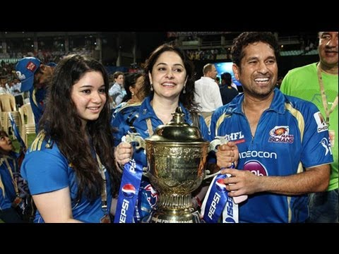 Sachin Tendulkar @ Mumbai Indians IPL 6 Success Bash !