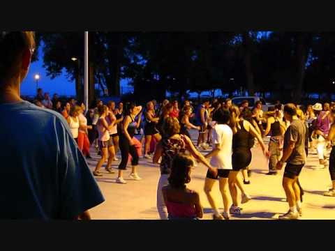 Zumba lachine montreal youtube for Zumba exterieur lachine