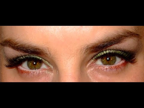 Green Smokey Eye Make Up Look