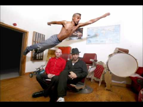 Balkan Beat Box - Move It