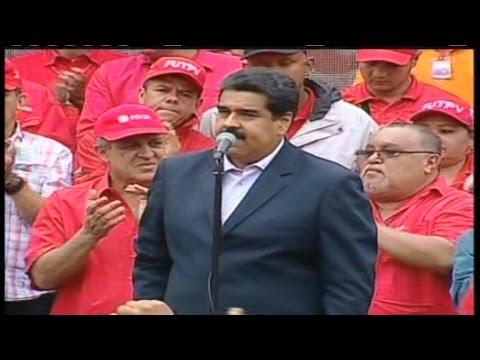 Nicolás Maduro recibe a la marcha de los trabajadores petroleros en Miraflores
