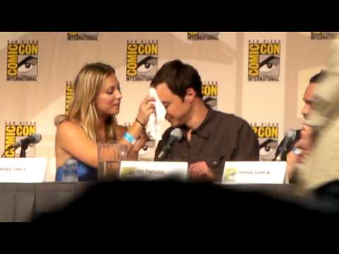 Thumb El DNA de Jim Parsons (Sheldon) en un pañuelo en el Comic-Con de The Big Bang Theory
