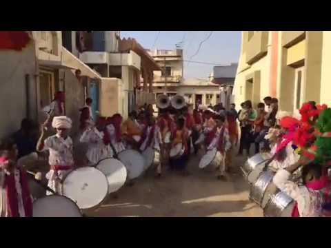 KAUN DISHA ME LEKE CHALA BEST INSTRUMENTAL ROMANTIC SONG  BY BAND FULL FEELING  VIDEO
