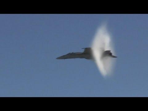 F-18 Super Hornet .9 Mach - High Speed