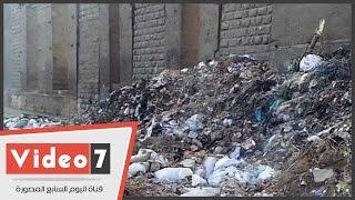 بالفيديو.. انتشار القمامة بمنطقة الملك الصالح بمصر القديمة فى رابع أيام العيد