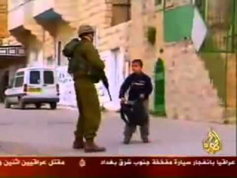Brave Palestinian child Imagine that your little brother - YouTube.flv