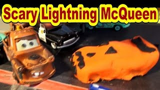 Pixar Cars Lightning McQueen Scary Halloween Play Doh Pumpkin to fool Mater