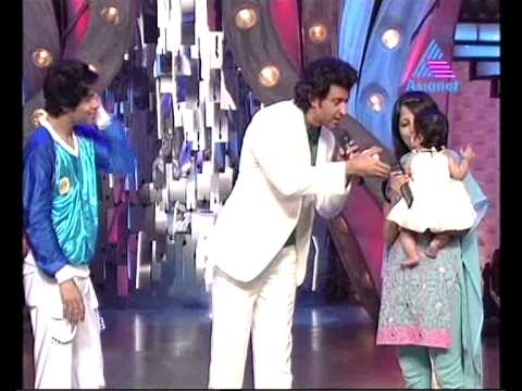 hrithik with a sweet baby in just dance