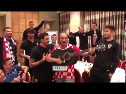 Croatia World Cup Semi-finals celebration / with English subtitles thumbnail