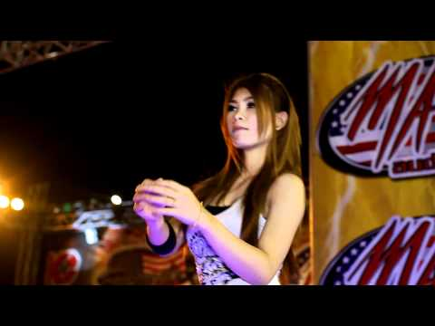 Bangkok Motor Show 2011 - Sexy Coyote Dancer Preview Clip 2 video