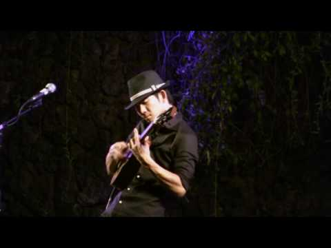 Jake Shimabukuro - While My Guitar Gently Weeps Ukulele