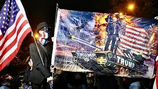 Hong Kong Protesters Sing U.S. National Anthem & Praise Trump