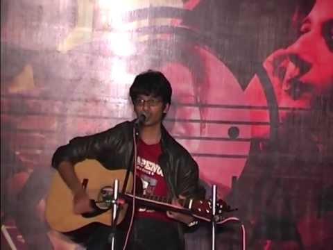 Hum kis gali jaa rahe hai  Pranav Live in IIT Mandi