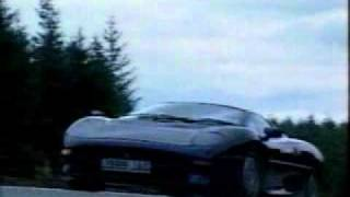 Top Gear tests the Jaguar XJ220
