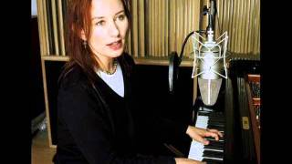 Watch Tori Amos Abbey Road video