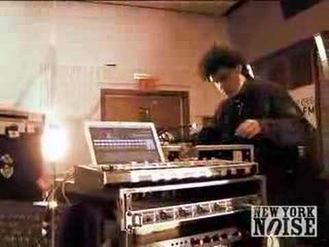 NYNOISE.TV |  SIMIAN MOBILE DISCO- Its The Beat (LIVE -KEXP)
