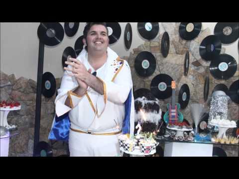 Festa Retro 607080 tema Elvis Presley.