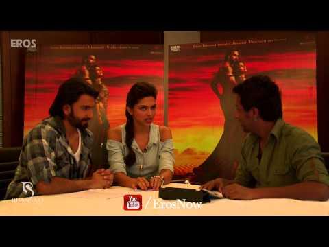 Shooting Ang Laga De With Deepika Padukone & Ranveer Singh - Goliyon Ki Raasleela Ram-leela