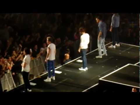 One Direction - Save You Tonight MSG 12/3/12