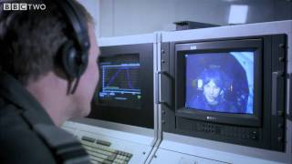 Brian simulates extreme gravity - Wonders of the Universe: Falling - BBC Two