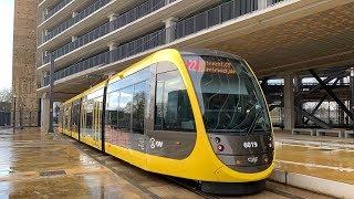 Trams op de Uithoflijn in Utrecht, CAF Urbos 100 | Stadsbus