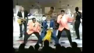 Watch Rod Stewart Twistin The Night Away video