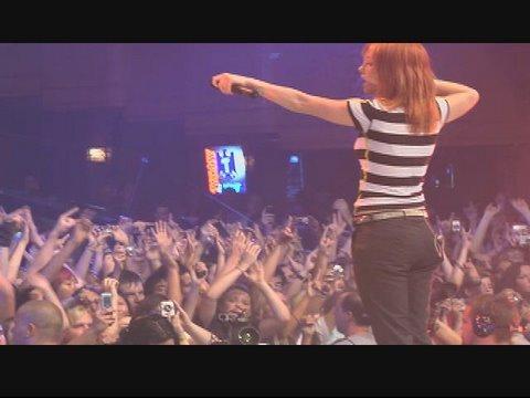 Paramore - Crushcrushcrush Live