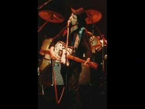 Waylon Jennings - Pretend I Never Happened