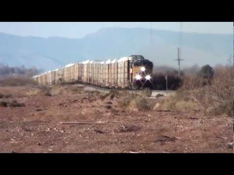 Union Pacific Auto Carrier Train Alamogordo NM, 2/16/13 (1080P)