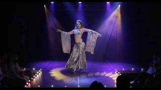Alia Performs Vintage Belly Dance with the Ruby Revue at the House of Blues