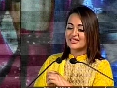 Sonakshi Sinha Speech @ Lingaa Telugu Audio Launch