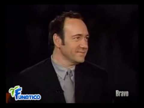 Kevin Spacey showed amazing talent for impersonations. He did Al Pacino, Marlon Brando, Christopher Walken, Clint Eastwood, Jack Lemmon and few others. If yo...