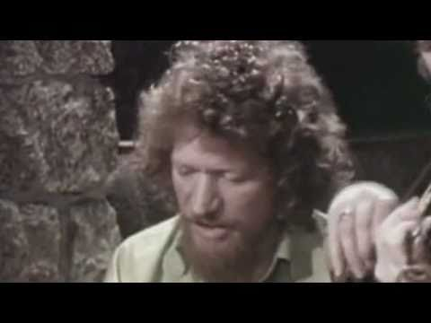 Luke Kelly - Scorn Not His Simplicity-HQ